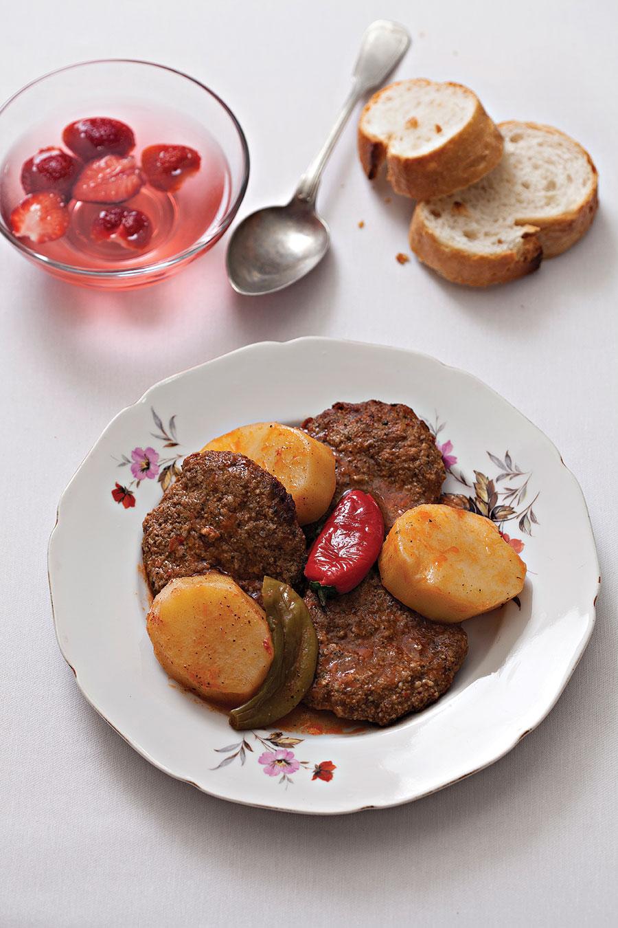 tencerede_patatesli_kofte_yemek_zevki