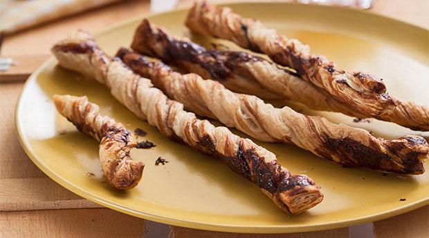 Çikolatalı-Milföy-Çubukları
