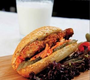 pane-tavuklu-sandvic