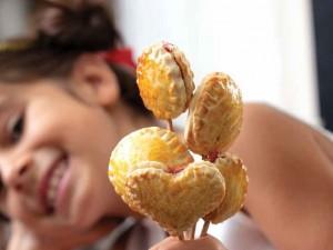 tatli-kalp-kurabiyeler