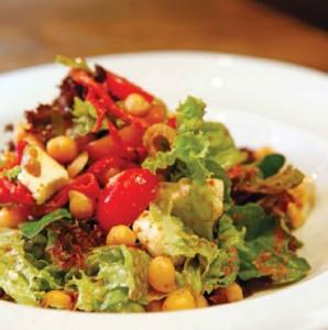 keci-peynirli-nohut-salata