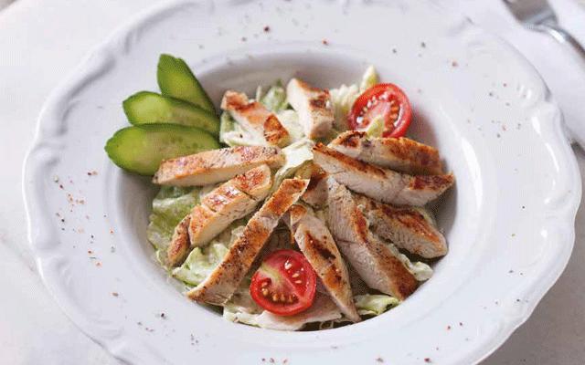 tavuk-izgarali-sezar-salata
