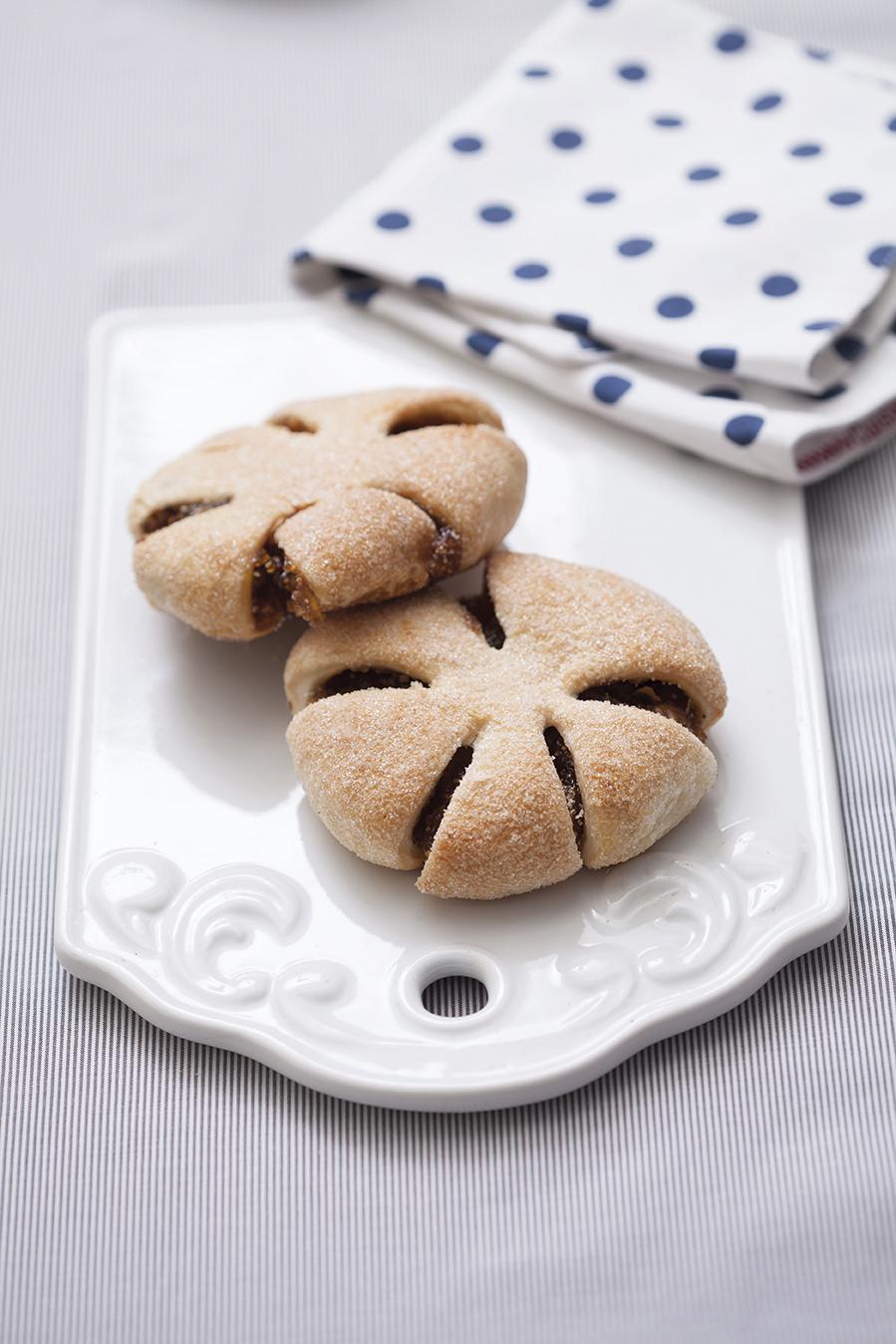 Cevizli ve Elmalı Çörek