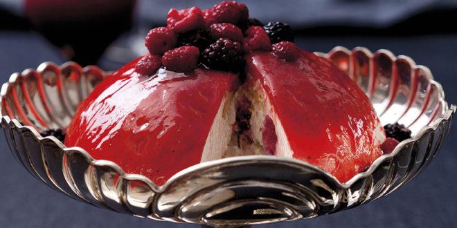 Kara Orman Meyveli Pasta