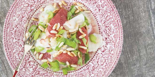 Narenciyeli Kereviz ve Rezene Salatası